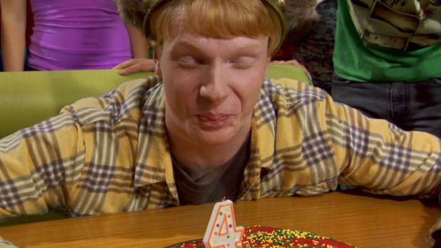 "Episodio 51: ""Luther cumple 4"" - Zeke y Luther"