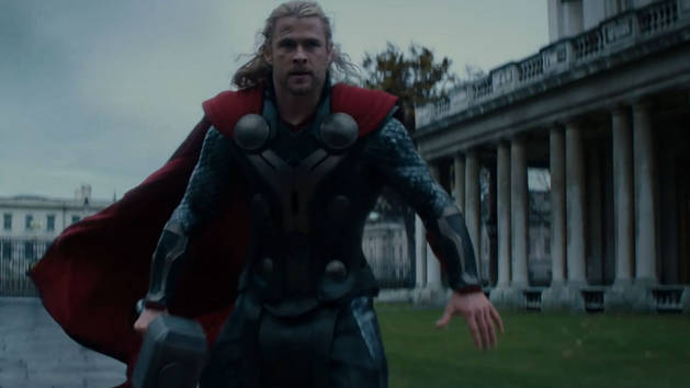 Thor y Jane - Thor: Un mundo oscuro