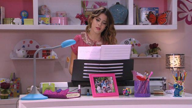 """Violetta canta """"Mi mejor momento"""" - Violetta"""
