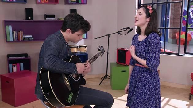 "Momento Musical: Francesca y Diego cantan ""Aprendí a decir adiós"" - Violetta"