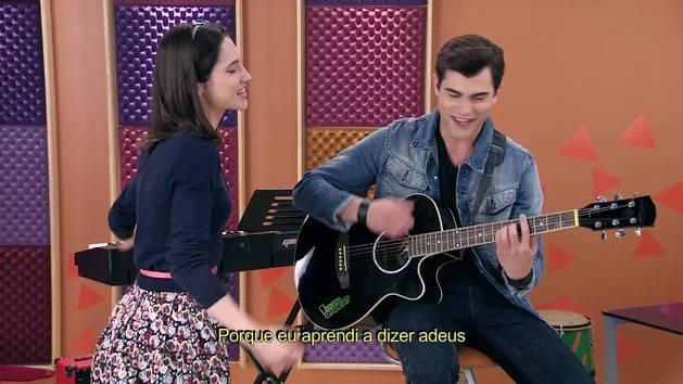 """Momento Musical: Diego e Francesca cantam """"Aprendí a decir adiós"""" - Violetta"""