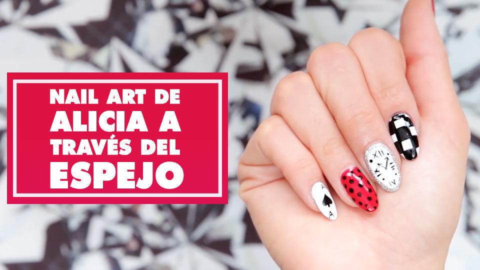 Nail Art de Alicia A Través del Espejo | Oh My Disney
