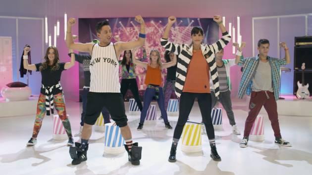 """¡Vamos a bailar! – Dance Along """"On Beat""""-Violetta"""