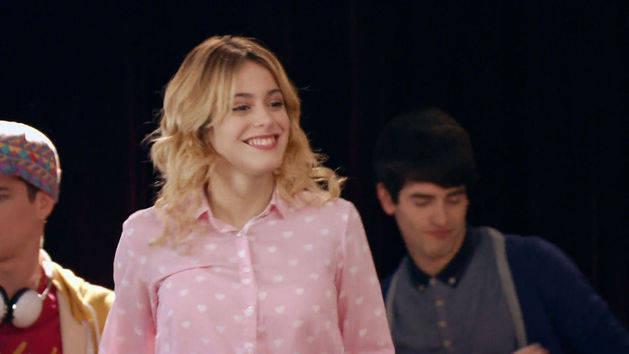 """Momento Musical: Los chicos interpretan """"Esto No Puede Terminar"""" - Violetta"""