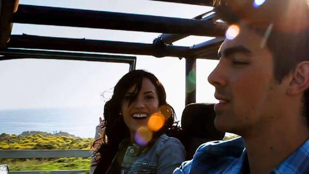 Videoclipe Make a Wave - Joe Jonas e Demi Lovato - Amigos Transformando o Mundo