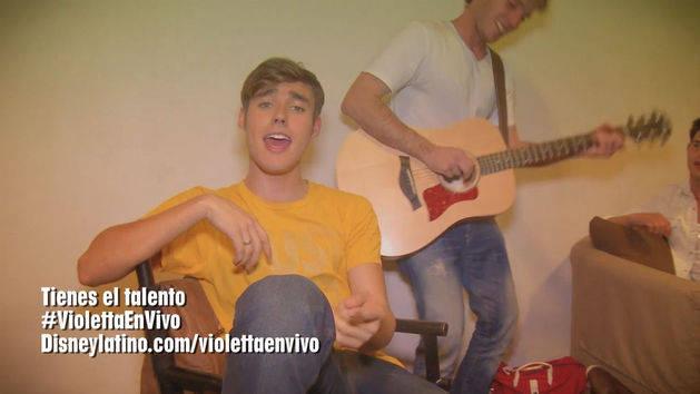 """Los chicos cantan """"Tienes el talento"""" - Violetta en Vivo"""