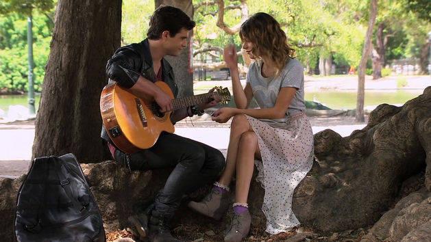 Diego canta ¨Yo soy así¨ - Violetta