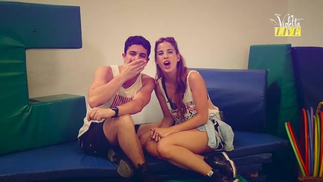 Facu & Cande - Violetta Live