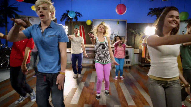 Versão Dance Along - Teen Beach Movie
