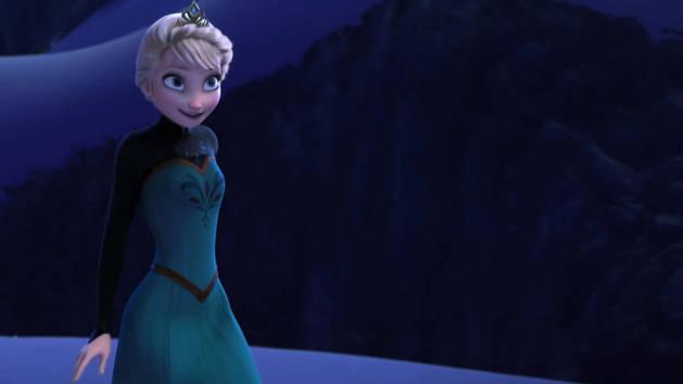 Elsa canta ¨Livre Estou¨– Frozen: Uma aventura congelante