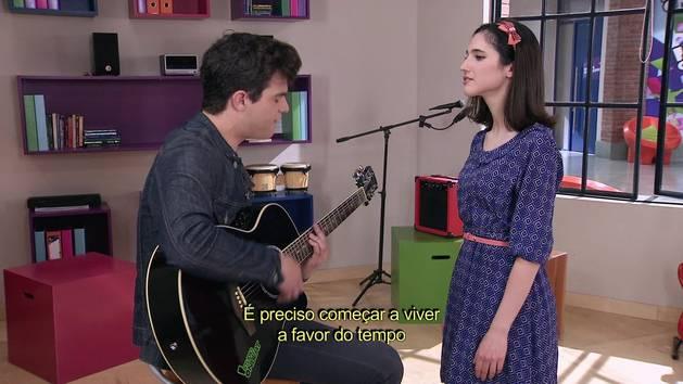 """Momento Musical: Francesca e Diego cantam """"Aprendí a decir adiós"""" - Violetta"""