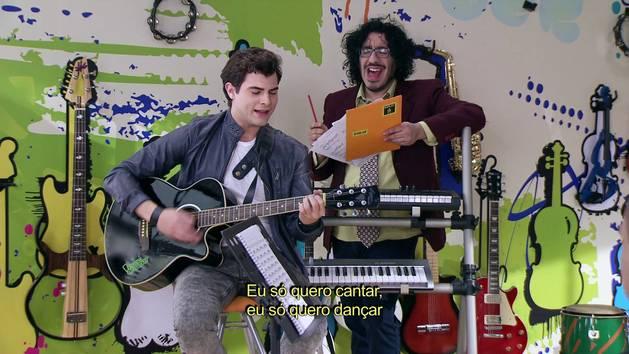 """Momento Musical: Diego ensaia """"Es mi pasión"""" - Violetta"""