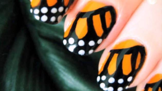 Unhas com borboletas - Disney Style