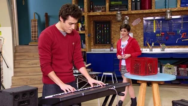 """Momento Musical: León y Gery interpretan """"Amor en el Aire"""" - Violetta"""