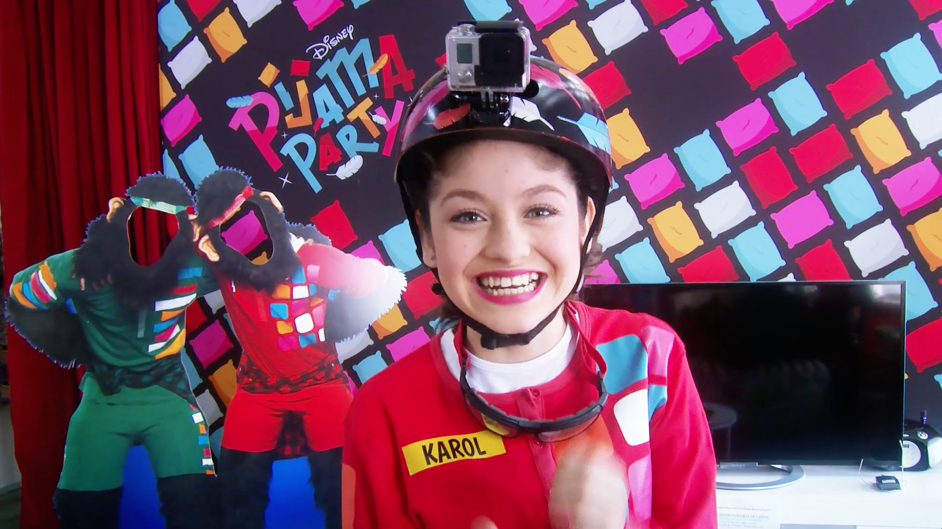 Karol y Sofía, listas para competir - Backstage: Pijama Party