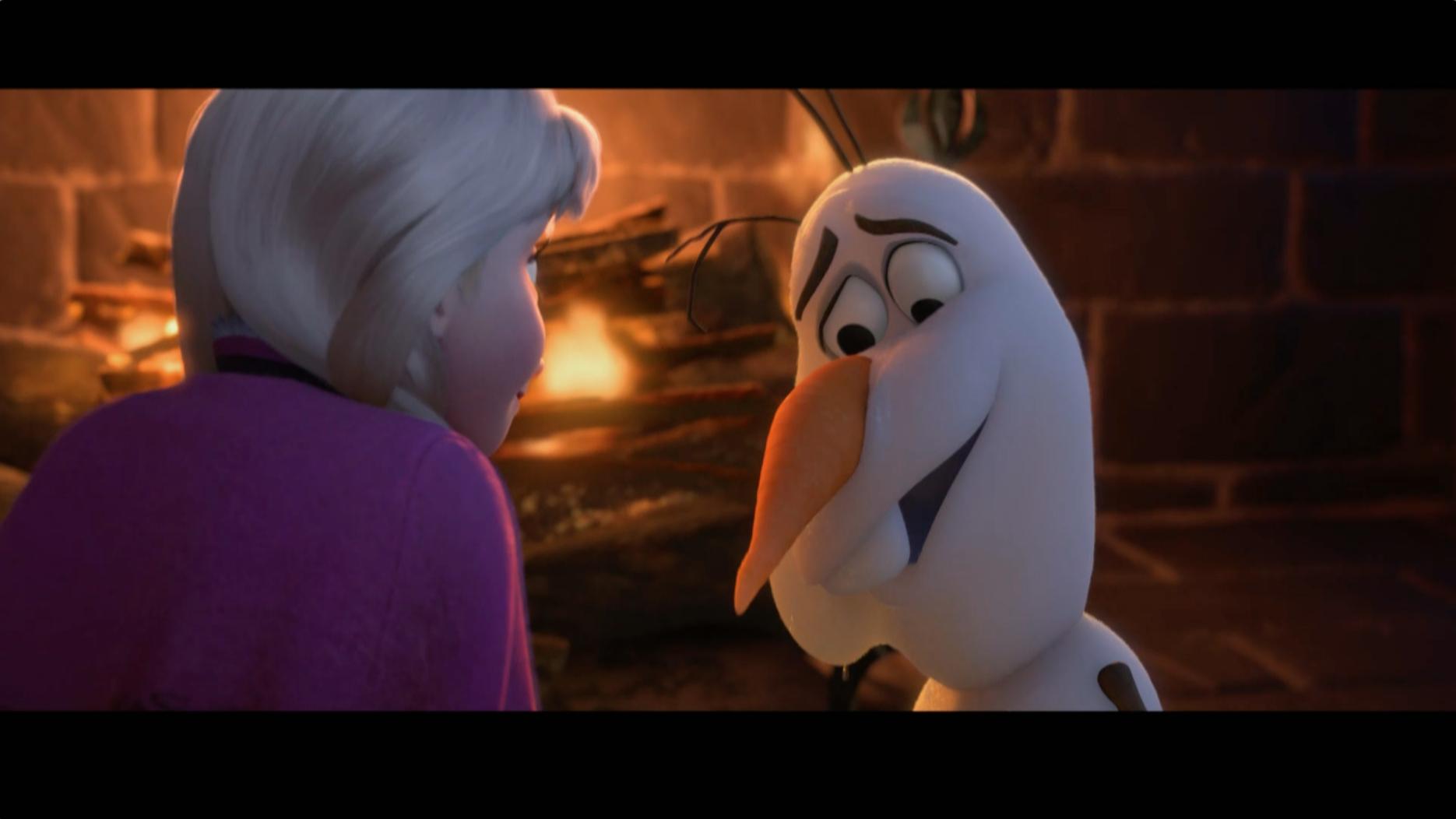 Cuidado com o fogo – Olaf dá risada