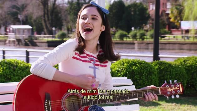 "Momento Musical: Francesca interpreta ""Aprendí a decir adiós"" - Violetta"