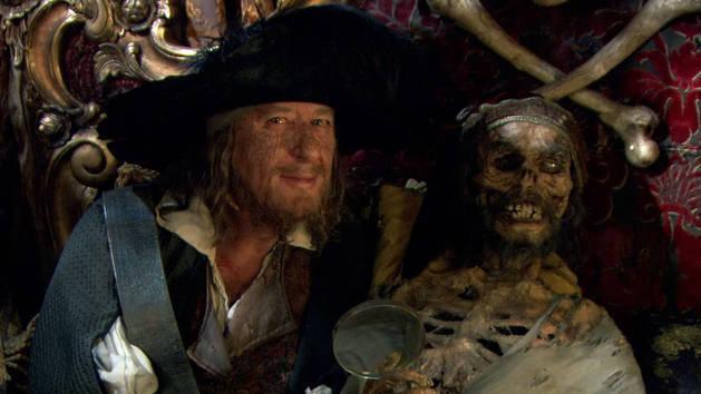 Geoffrey Rush - Piratas do Caribe: Navengando em Águas Misteriosas